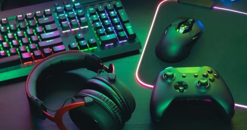 klvaye, kulaklık, mouse ve gamepad